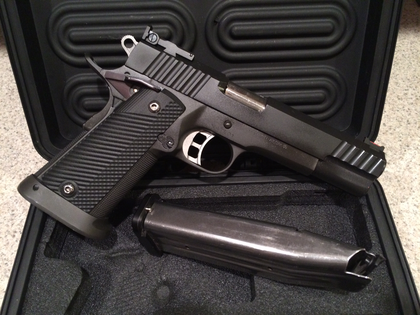 Rock Island Armory Tact 2011 A2 Review | Firearms, Edged